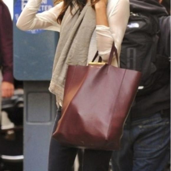 Neiman Marcus Handbags - Neiman Marcus Large Pebbled Tote